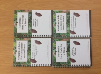 Cocoa Coach Field Guide in Samoan & English languages